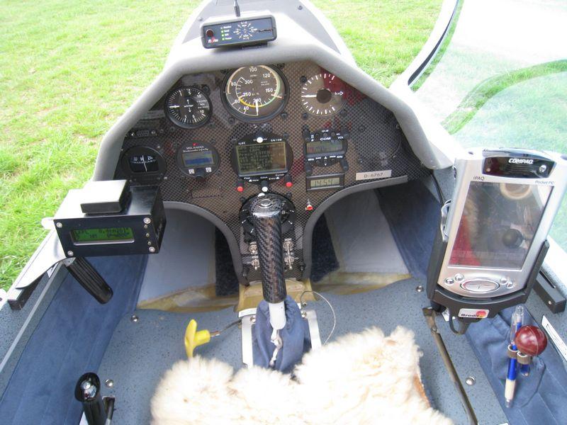 carbon palubní deska do letadla